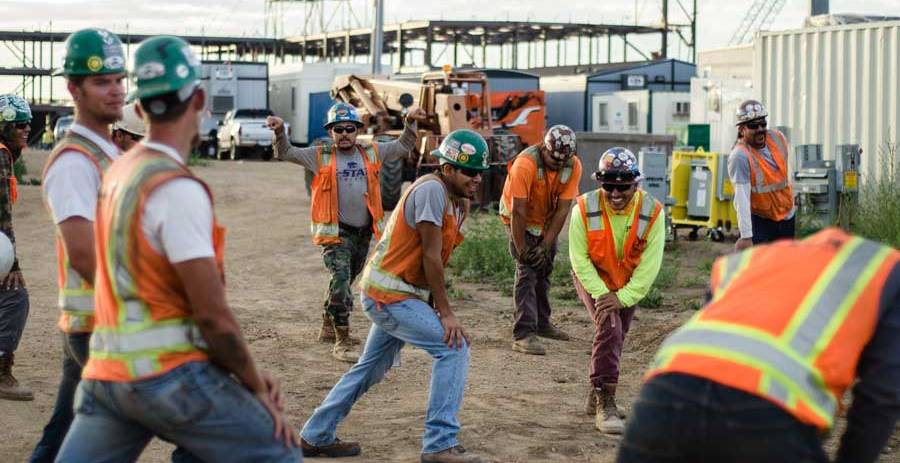 Wellness Program Ideas for  Blue-Collar Workers, Wellness for construction workers